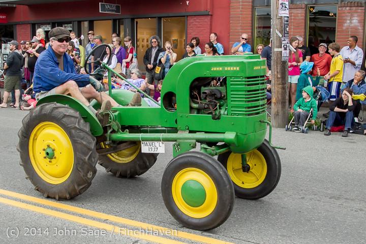 20480 Vashon Strawberry Festival Grand Parade 2014 071914