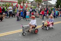 20485 Vashon Strawberry Festival Grand Parade 2014 071914