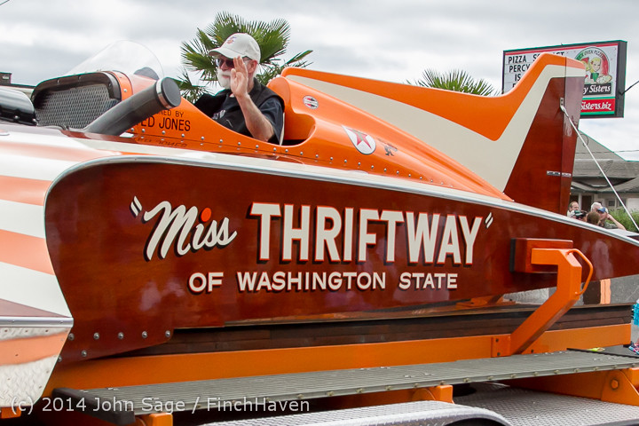 20511 Vashon Strawberry Festival Grand Parade 2014 071914
