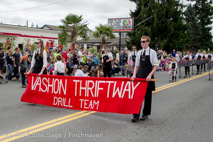 20531 Vashon Strawberry Festival Grand Parade 2014 071914