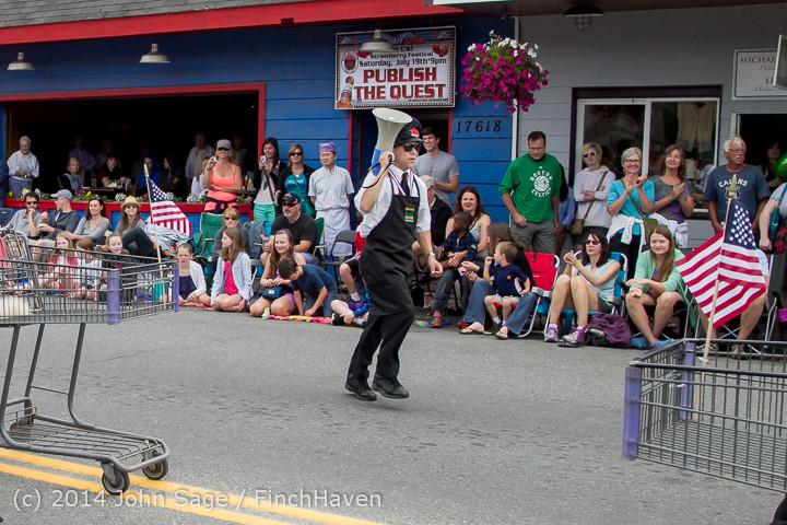 20551 Vashon Strawberry Festival Grand Parade 2014 071914