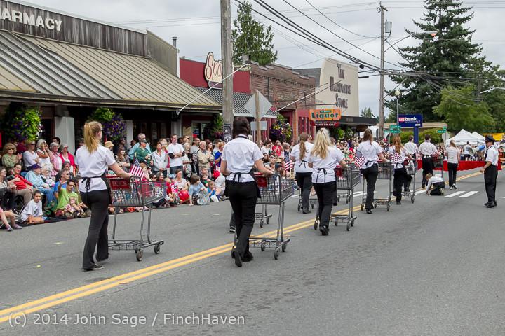 20561 Vashon Strawberry Festival Grand Parade 2014 071914