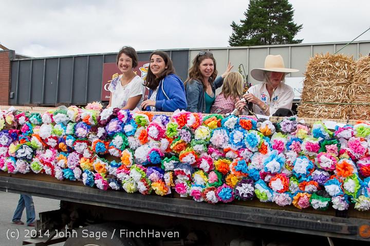 20595 Vashon Strawberry Festival Grand Parade 2014 071914