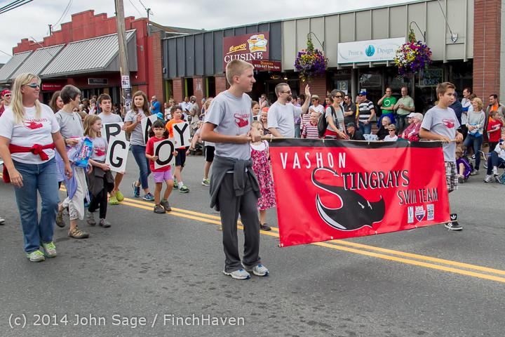 20629 Vashon Strawberry Festival Grand Parade 2014 071914