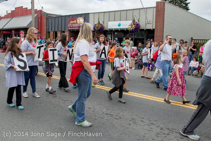 20632 Vashon Strawberry Festival Grand Parade 2014 071914