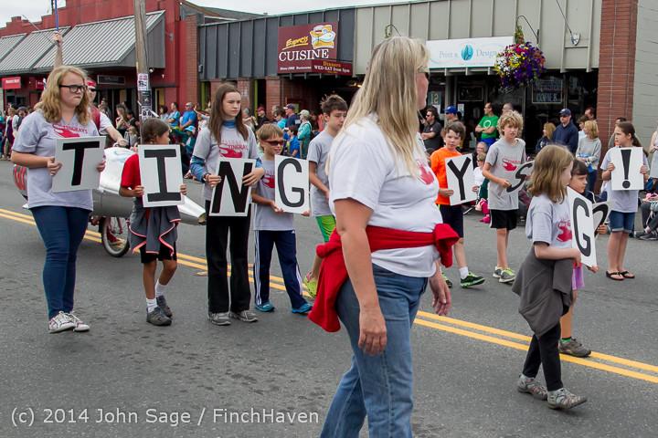 20633 Vashon Strawberry Festival Grand Parade 2014 071914