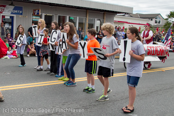 20642 Vashon Strawberry Festival Grand Parade 2014 071914