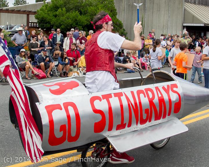 20651 Vashon Strawberry Festival Grand Parade 2014 071914