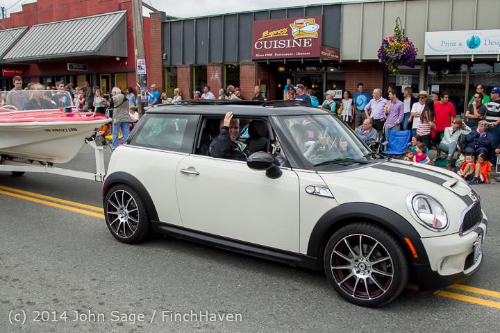 20652 Vashon Strawberry Festival Grand Parade 2014 071914