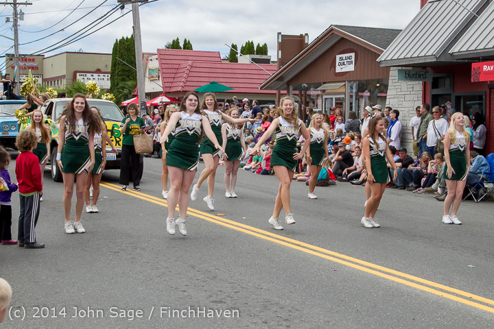 20660 Vashon Strawberry Festival Grand Parade 2014 071914