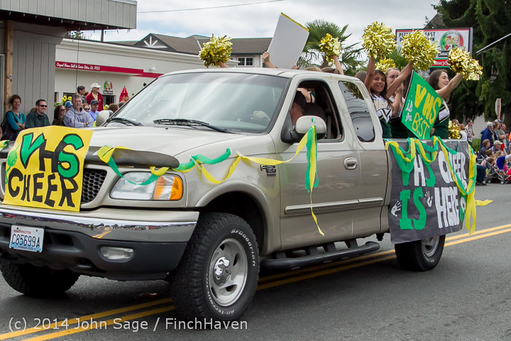 20686 Vashon Strawberry Festival Grand Parade 2014 071914