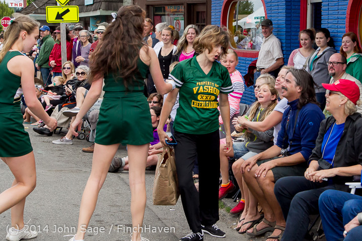 20715 Vashon Strawberry Festival Grand Parade 2014 071914