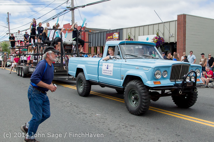 20723 Vashon Strawberry Festival Grand Parade 2014 071914