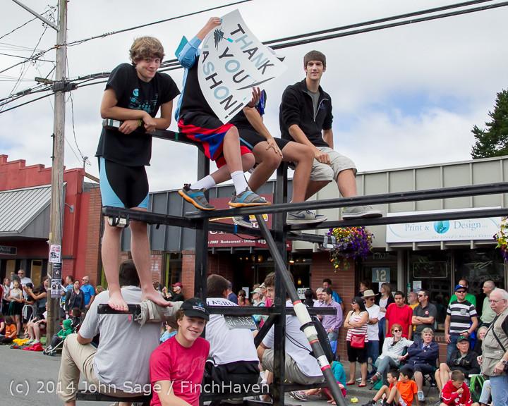 20738 Vashon Strawberry Festival Grand Parade 2014 071914