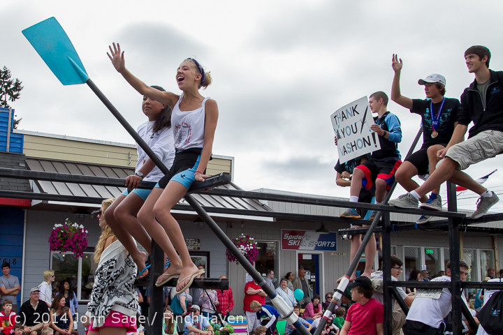 20754 Vashon Strawberry Festival Grand Parade 2014 071914