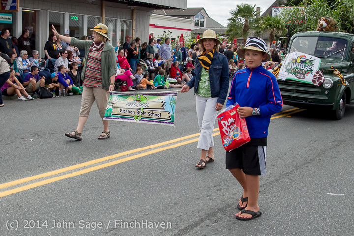 20756 Vashon Strawberry Festival Grand Parade 2014 071914