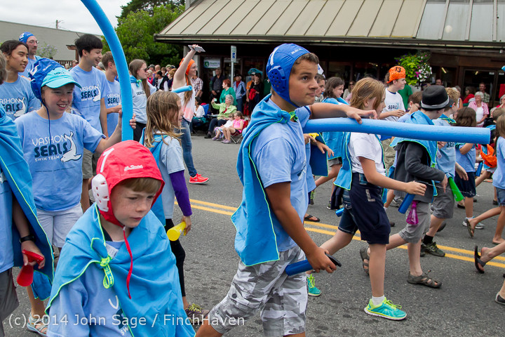 20795 Vashon Strawberry Festival Grand Parade 2014 071914