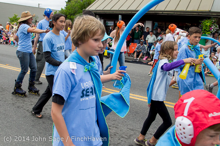 20796 Vashon Strawberry Festival Grand Parade 2014 071914