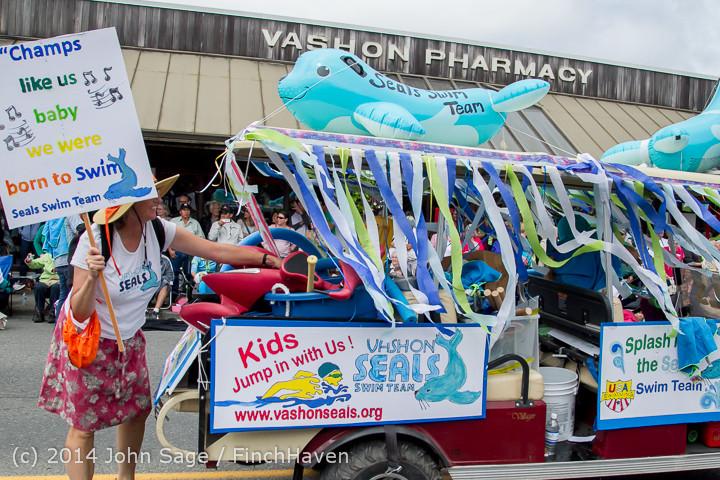20803 Vashon Strawberry Festival Grand Parade 2014 071914