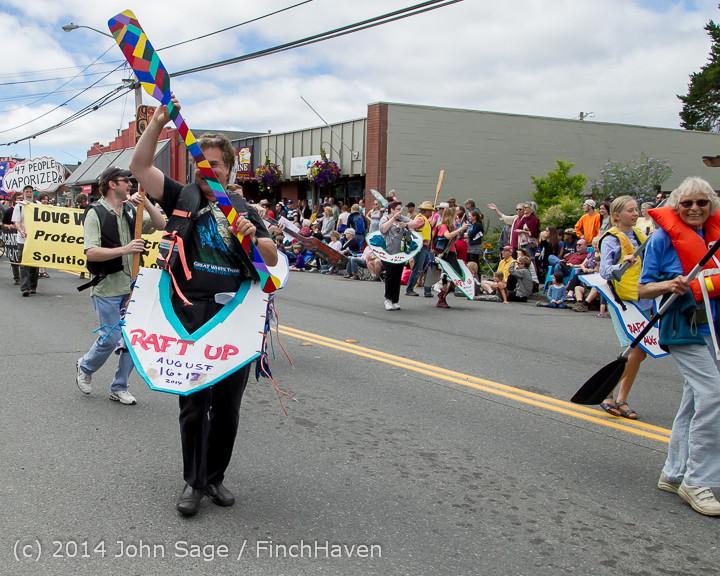 20804 Vashon Strawberry Festival Grand Parade 2014 071914