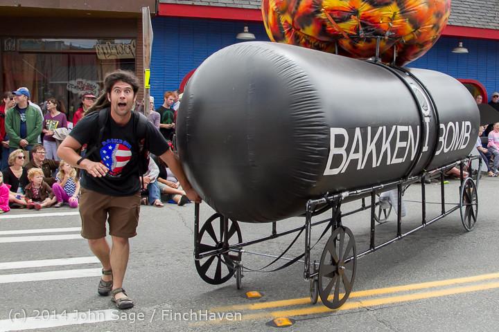 20835 Vashon Strawberry Festival Grand Parade 2014 071914