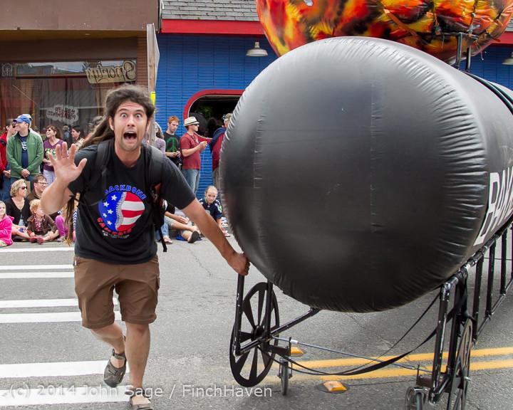 20836 Vashon Strawberry Festival Grand Parade 2014 071914