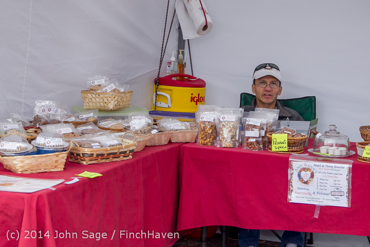 2690 Sunday Walkabout Strawberry Festival 2014 072014