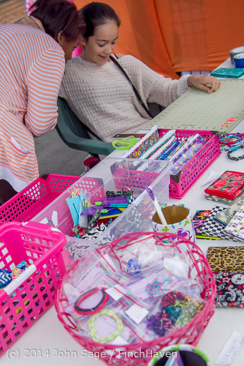 2707 Sunday Walkabout Strawberry Festival 2014 072014