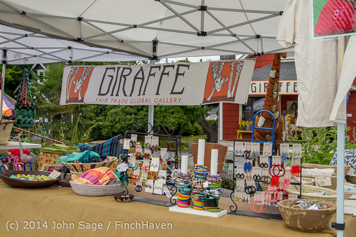 2721 Sunday Walkabout Strawberry Festival 2014 072014