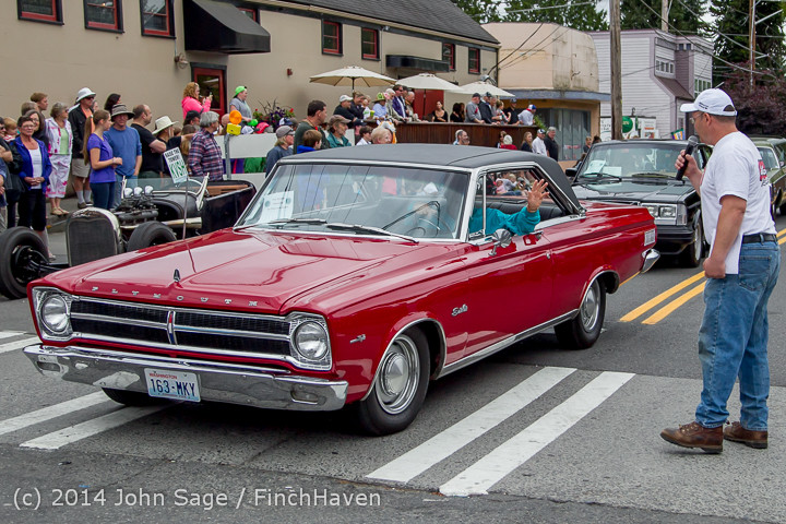 2913_Tom_Stewart_Car_Parade_and_Show_2014_072014