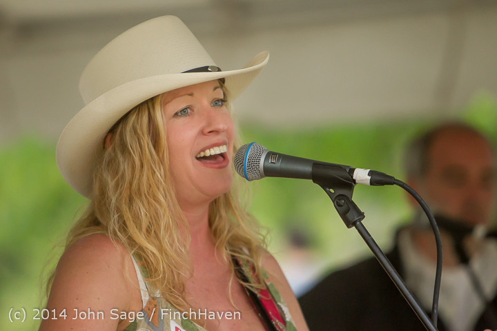 3432_Allison_Shirk_Band_Ober_Park_Sunday_072014