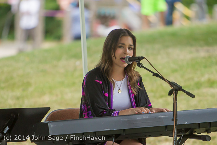 3657 Susie Sun at Ober Park Sunday 072014
