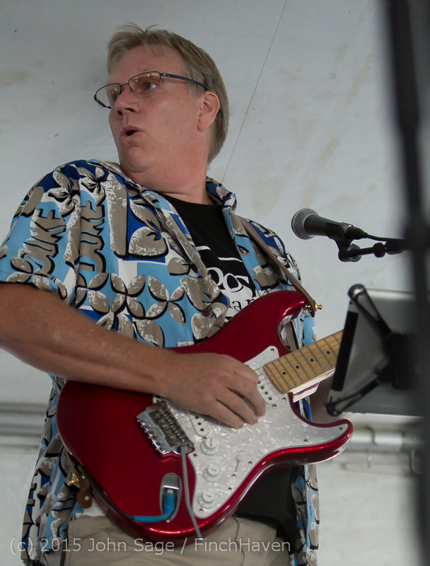 18183_Loose_Change_at_Beer_Garden_Festival_Friday_2015_071715