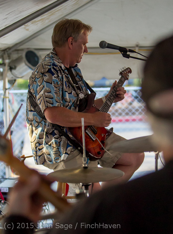 18671_Loose_Change_at_Beer_Garden_Festival_Friday_2015_071715