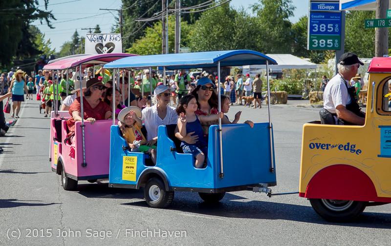 21790 the Grand Parade 2015 071815