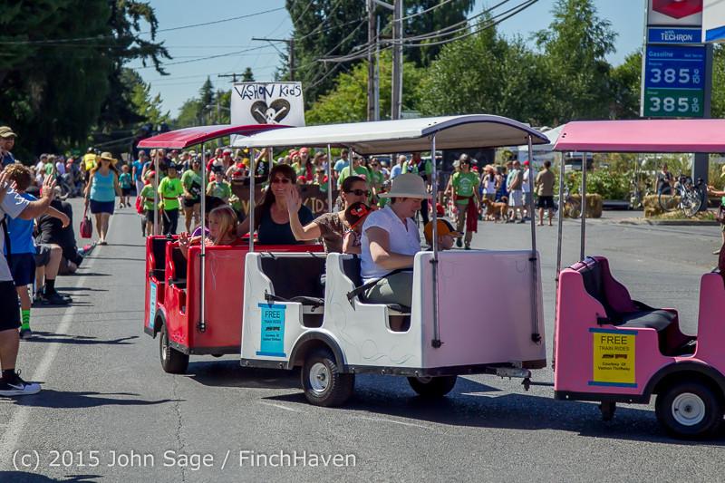 21792 the Grand Parade 2015 071815
