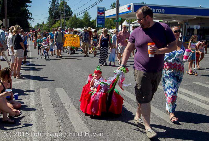 21816 the Grand Parade 2015 071815