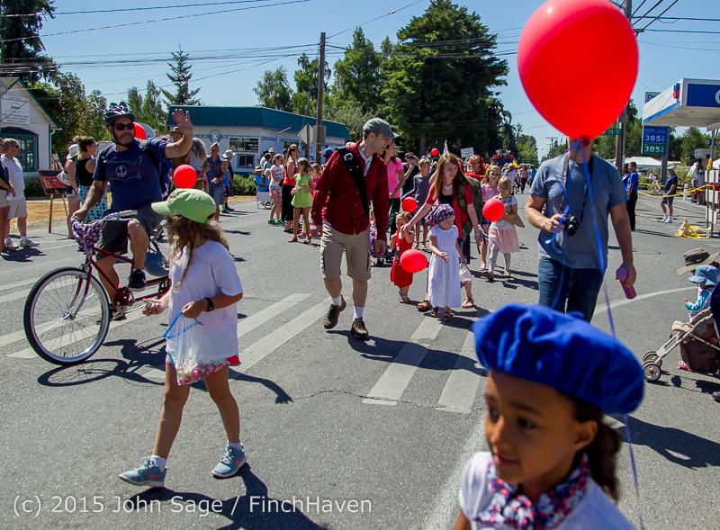 21856 the Grand Parade 2015 071815