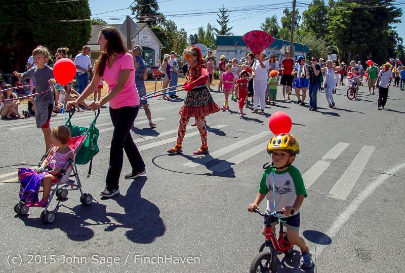 21861 the Grand Parade 2015 071815