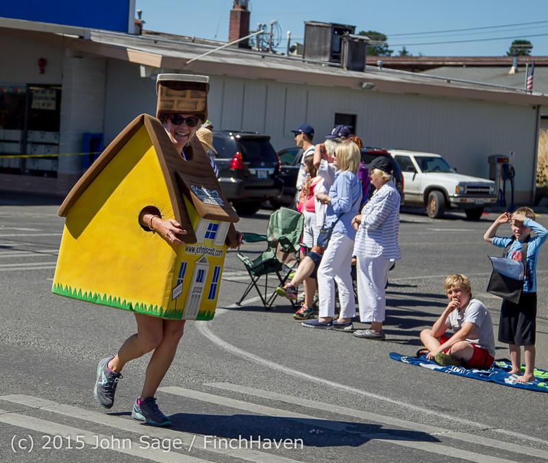 21929 the Grand Parade 2015 071815