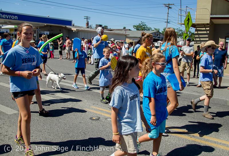 22108 the Grand Parade 2015 071815