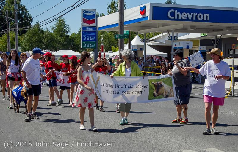 22194 the Grand Parade 2015 071815