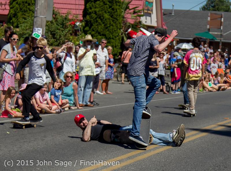 22619 the Grand Parade 2015 071815