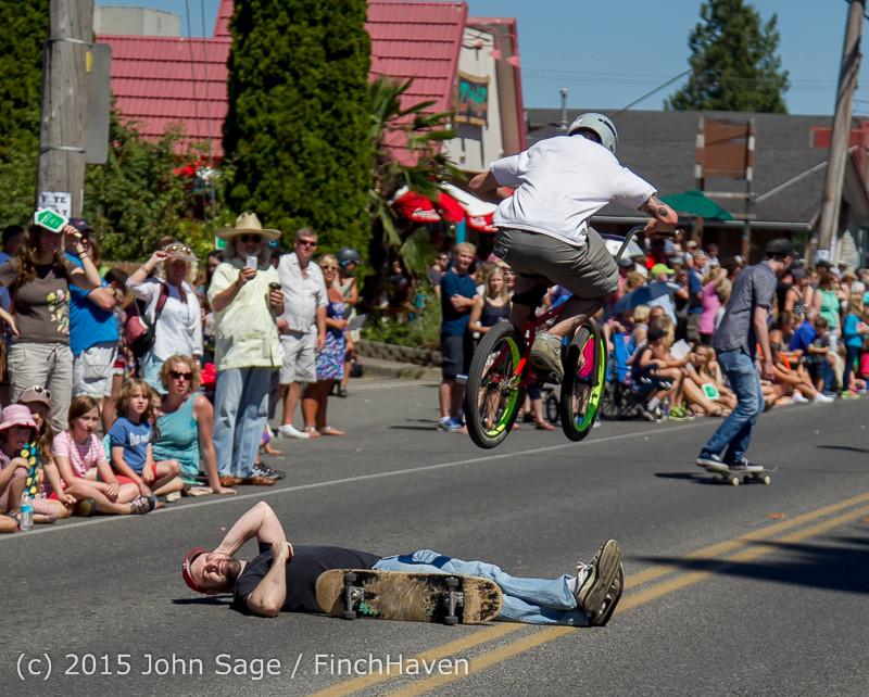 22634 the Grand Parade 2015 071815