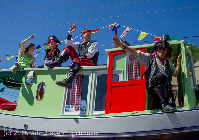 22672_the_Grand_Parade_2015_071815