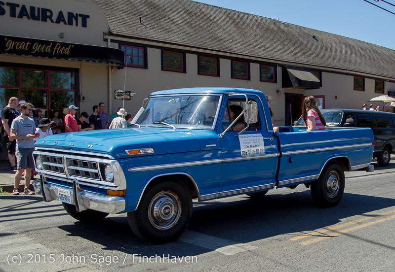 23871 Tom Stewart Memorial Car Parade 2015 071915