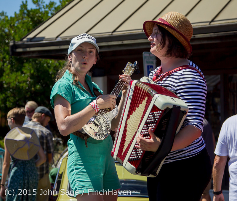 24057 Strawberry Festival Sunday Walkabout 2015 071915