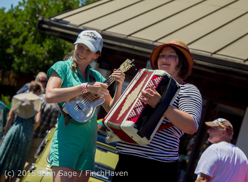 24058 Strawberry Festival Sunday Walkabout 2015 071915