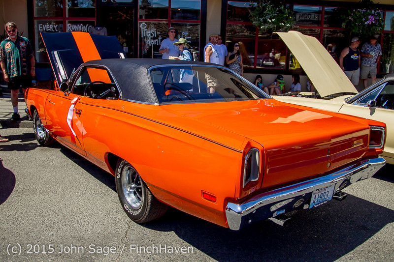 24111 Tom Stewart Memorial Car Parade 2015 071915