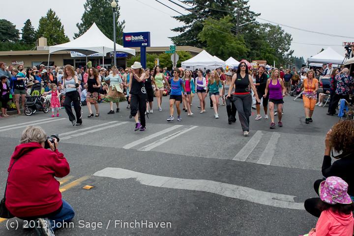 5340 Vashon Strawberry Festival Grand Parade 2013 072013
